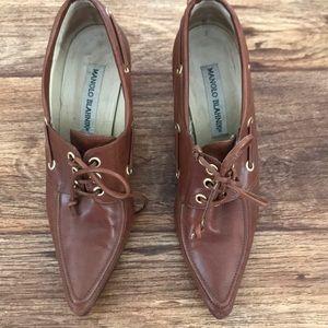 Manolo blahnik shoes size 38 European ,